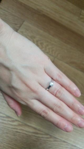 【MIKIMOTO(ミキモト)の口コミ】 婚約指輪をもらうなら、ミキモトが良いと昔から思っていました。日本のメー…