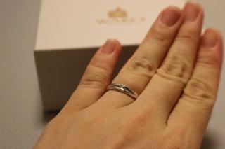 【和光の口コミ】 結婚指輪は、シンプルで飽きのこないデザインを探していました。 和光は、…