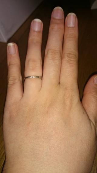 【LEGAN(レガン)の口コミ】 私は、ウェーブになっている指輪を希望しているのに対して、 旦那はストレ…