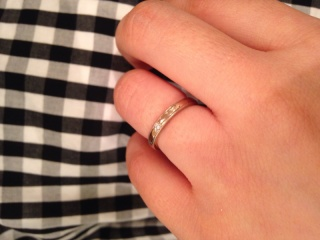 【TANZO(タンゾウ)の口コミ】 結婚指輪はプラチナという定番が嫌で自分にあった指輪を探していたところ口…