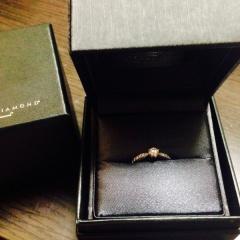 【ラザール ダイヤモンド(LAZARE DIAMOND)の口コミ】 購入する際、ダイヤモンドの質が良いものを希望しておりました。夫が見つけ…