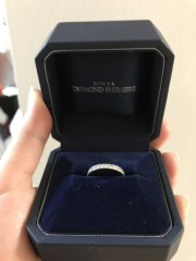 【銀座ダイヤモンドシライシの口コミ】 なんといっても、他店とは比べものにならないダイヤモンドの輝き!本当に綺…