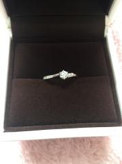 【アイプリモ(I-PRIMO)の口コミ】 婚約指輪は私の好きなデザインを贈りたいということでプロポーズ後、夫と一…