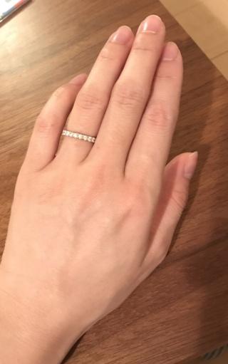 【銀座ダイヤモンドシライシの口コミ】 初めて店舗を訪問した際、検討していたのは細めのオーアール06だったんで…