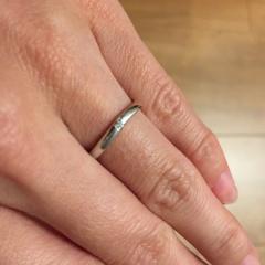 【LUZIR(ルジール)の口コミ】 希望の曲線を描くデザインの指輪がセットで選べたのが、一番の決め手でし…