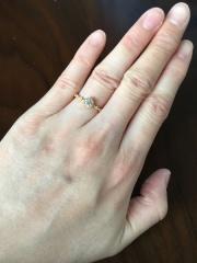 【JEWELRY  KAMATA(ジュエリーかまた)の口コミ】 婚約指輪として、彼から頂きました。私が一目惚れした指輪でした。結婚指輪…