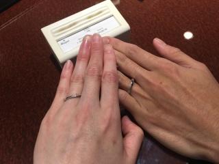 【JEWELRY  KAMATA(ジュエリーかまた)の口コミ】 シンプルで指輪綺麗に見せてくれる指輪で気に入りました。メンズ用は質感…