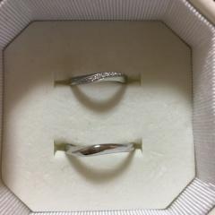 【4℃(ヨンドシー)の口コミ】 婚約指輪と違って結婚指輪は普段つけて生活するものになる為、普段使いし…