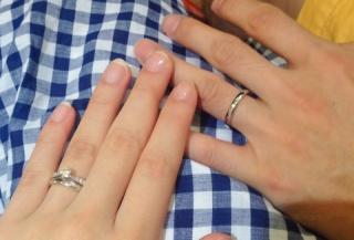 【TASAKI(タサキ)の口コミ】 婚約指輪もこちらのブランドで購入した為、結婚指輪もtasakiさんで揃えて…