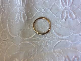 【d'antan(ダンタン)の口コミ】 結婚指輪は絶対こちらでと決めていました。 オーダーで職人さんが手作りし…
