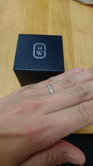 【ハリー・ウィンストン(Harry Winston)の口コミ】 本来、この指輪を結婚指輪として購入する人がほとんどかと思いますが、結婚…