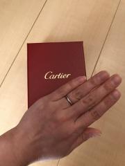 【カルティエ(Cartier)の口コミ】 他ブランドと色々迷いましたが、結婚指輪は毎日つけるモノなので、飽きの…