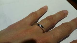 【JEWELRY  KAMATA(ジュエリーかまた)の口コミ】 フルオーダーの結婚指輪を購入するのに、この形の指輪にしました。 購入し…