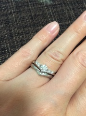 【アイプリモ(I-PRIMO)の口コミ】 デザインはもちろんですが、指輪との出会いはどのダイヤを使うかによって…