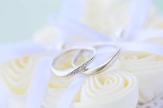 【4℃(ヨンドシー)の口コミ】 斜めのラインで配置されたダイヤモンドが指をキレイに見せてくれます。指輪…