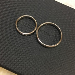 【エクセルコダイヤモンド(EXELCO DIAMOND)の口コミ】 自分たちの好みに合わせてカスタマイズができる指輪を選びました。私はダ…
