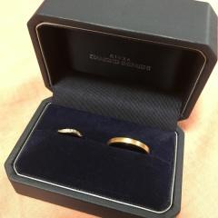 【銀座ダイヤモンドシライシの口コミ】 お互いの指の大きさが全く違うので、ペアにはせず、それぞれ好みのリング…