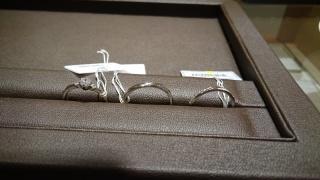 【アイプリモ(I-PRIMO)の口コミ】 気になっていたメレダイヤデザインの指輪で横から見たデザインも素敵で購入…