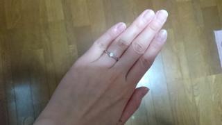【銀座ダイヤモンドシライシの口コミ】 メレダイヤのリングばかり見ていましたが、この先30年以上着けることに…