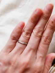 【俄(にわか)の口コミ】 指輪それぞれに名前やコンセプトがあるところがとても魅力的でした。他のブ…