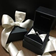 【エクセルコダイヤモンド(EXELCO DIAMOND)の口コミ】 とにかくダイヤモンドがきれい!それに、よりダイヤモンドが際立つデザイン…