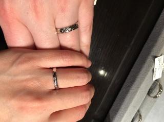 【ケイウノ ブライダル(K.UNO BRIDAL)の口コミ】 指輪の種類が豊富で、同じような指輪の中でも形や太さが違う物もたくさんあ…