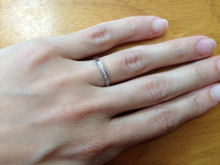 【LEHAIM(レハイム)の口コミ】 婚約指輪と一緒に付ける事の出来る指輪を探していました。婚約指輪とセット…