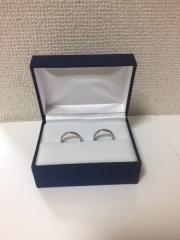 【Ptau(ピトー)の口コミ】 硬い指輪を探していたので、プラチナと金の組み合わせはベストマッチでした…