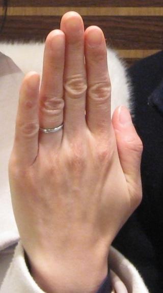 【JEWELRY  KAMATA(ジュエリーかまた)の口コミ】 結婚指輪はプラチナが憧れだったので、プラチナの指輪にしました。デザイ…