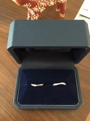 【銀座ダイヤモンドシライシの口コミ】 いくつかチョイスしてきてもらったもののなかで、可愛い感じの指輪と悩みま…