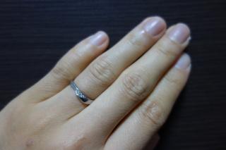【俄(にわか)の口コミ】 当初婚約指輪を買ったブランドでセットリングを作ろうと思っていたのですが…