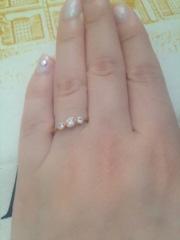 【ティファニー(Tiffany & Co.)の口コミ】 この指輪にした決めては、まず私が一粒ダイヤがどーんと真ん中に着いている…