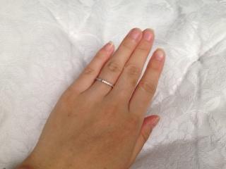 【サマンサティアラブライダル(Samantha Tiara Bridal)の口コミ】 婚約指輪を気に入っていたので同じブランドで探していたから。また、指輪自…