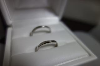 【Cafe Ring(カフェリング)の口コミ】 ややV字を描くようなデザインが特に好きで、そういったシリーズの中から検…