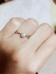【エクセルコダイヤモンド(EXELCO DIAMOND)の口コミ】 自分たちでリング、ダイヤを選べるので唯一無二のものが出来ます。何よりも…