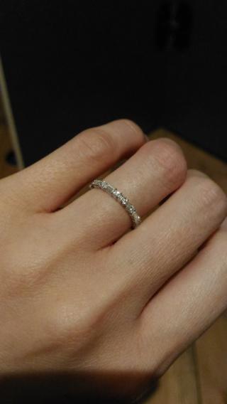 【AHKAH(アーカー)の口コミ】 華奢な造りと、色んな形にカットされたダイヤの可愛らしさに惹かれて購入…
