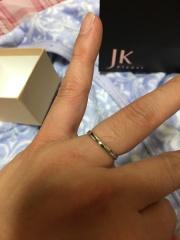 【1122 iifuufu bridal(いい夫婦ブライダル)の口コミ】 値段と品質とデザインの三点を重視せ指輪を探していました。 購入店にフラ…