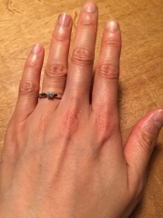 【ティファニー(Tiffany & Co.)の口コミ】 繊細なダイヤモンドが上品だったこと、ダイヤモンドを取り囲む線も女性らし…