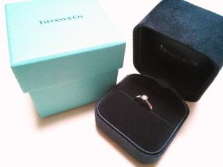 【ティファニー(Tiffany & Co.)の口コミ】 エンゲージリングといえば、ティファニーがいいなと幼い頃から憧れのあった…