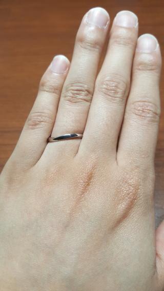 【HOSHI no SUNA 星の砂(ほしのすな)の口コミ】 ウェーブのあるすっきりしたリングでした!!  ほかのお店も数件回ってみて…