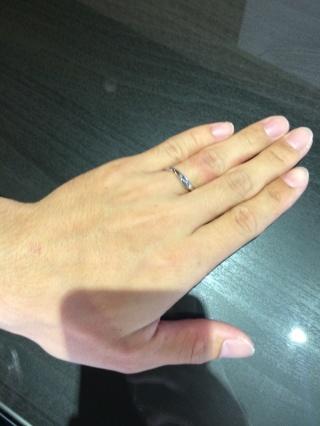 【俄(にわか)の口コミ】 『シンプルかつオシャレなデザイン』 『指のフィット感が抜群』 『ゆびわ…