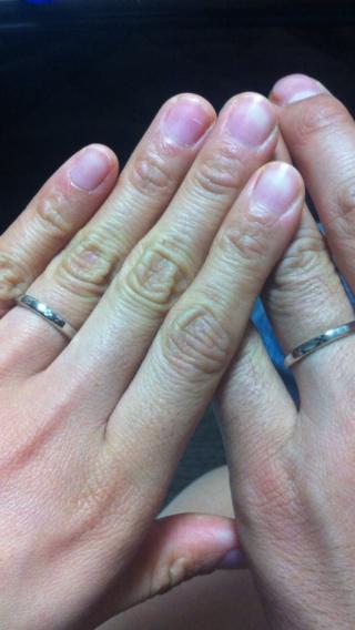 【Grace anniversary design(旧Grand blue)の口コミ】 2人とも沖縄が大好きで、よく沖縄に行っていました。 まだ、結婚指輪をど…