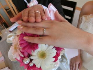 【4℃(ヨンドシー)の口コミ】 結婚指輪でしたがシンプルなものでなく、ダイヤがはっきり分かるタイプが良…