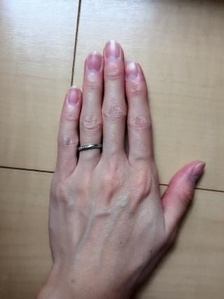 【エクセルコダイヤモンド(EXELCO DIAMOND)の口コミ】 シンプルなのに、ダイヤモンドでキラキラと輝きがあって自分のイメージの…
