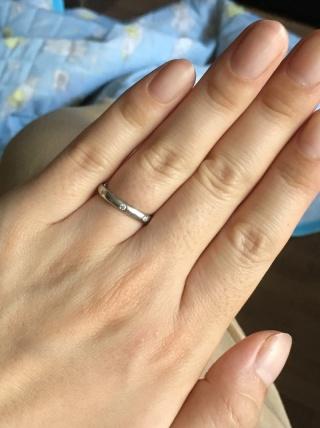 【ヴァン クリーフ&アーペル(Van Cleef & Arpels)の口コミ】 20万円くらいでダイヤモンドが1つか2つの指輪を探していました。いろい…
