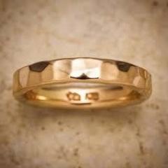 【市松の口コミ】 指の採寸をしてから、職人が作ってくれる世界に一つだけの結婚指輪を作れる…