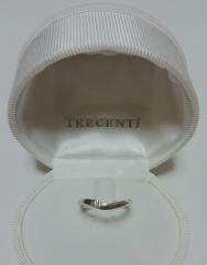 【TRECENTI(トレセンテ)の口コミ】 一目惚れして購入を決めた婚約指輪がトレセンテのもので、それに合う(重ね…