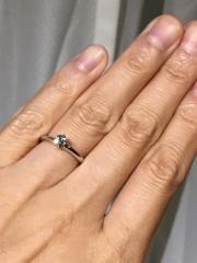 【ティファニー(Tiffany & Co.)の口コミ】 小さな頃からの憧れ、ティファニー。 ダイアモンドの指輪といえば立て爪だ…