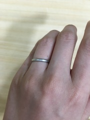 【エクセルコダイヤモンド(EXELCO DIAMOND)の口コミ】 指にあたっても痛くないラウンド型、職人が作るというこだわりとダイヤモン…