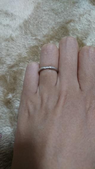 【canal4℃(カナルヨンドシー)の口コミ】 私も夫も指が細長いので、それに合うデザインが無かったので、色々探して回…